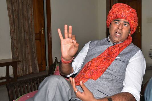 Photo of They Should be Shot Dead Publicly': BJP MLA Sangeet Som's Shocker Day After 17-yr-old Shoots Jamia Student