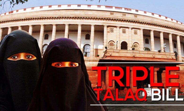 Photo of India outlaws 'triple talaq' Islamic instant divorce