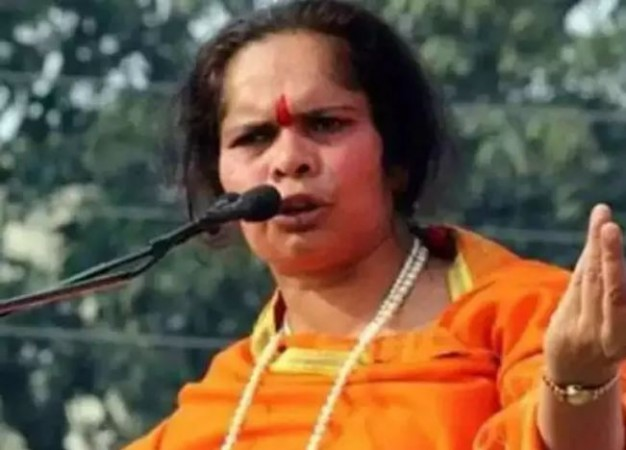 Photo of Muslims have lost their trust in Ali, so they want to sit in the lap of Bajrangli – says Sadhvi Prachi demanding Hawan in Jama Masjid